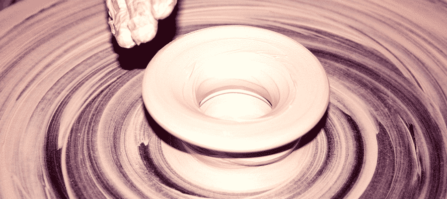 Pottery spinning