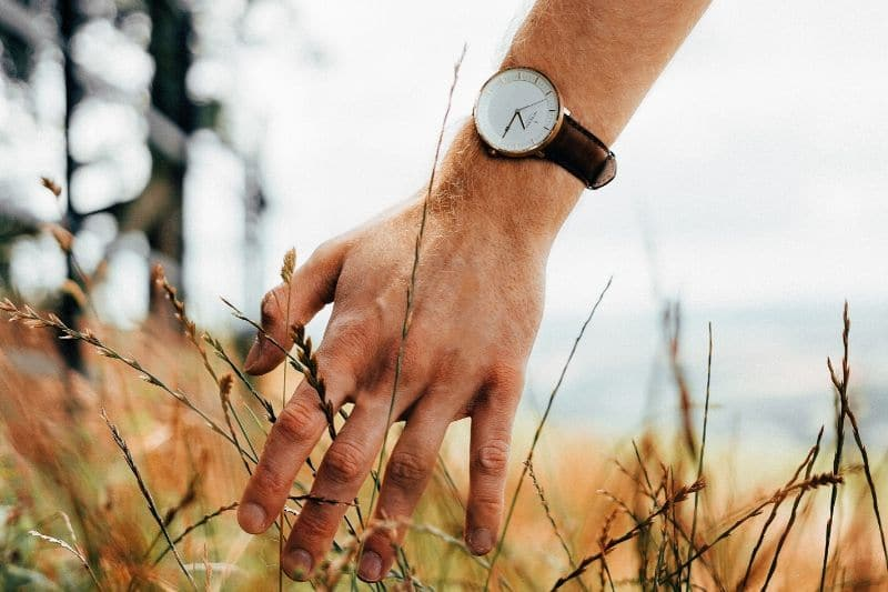 14 Stunning Minimalist Watches For Men Under $200