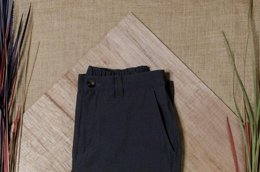 TravelSmith Original Flyaway Pants Close Up of Waist