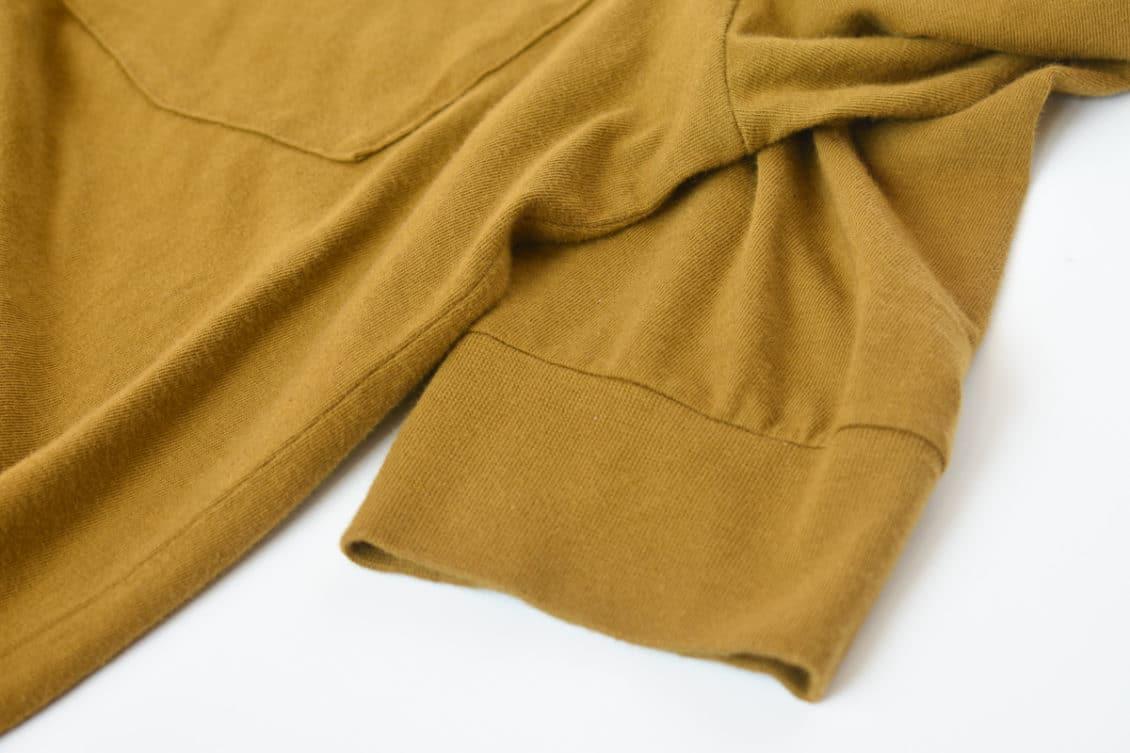 long sleeve cotton pocket closeup