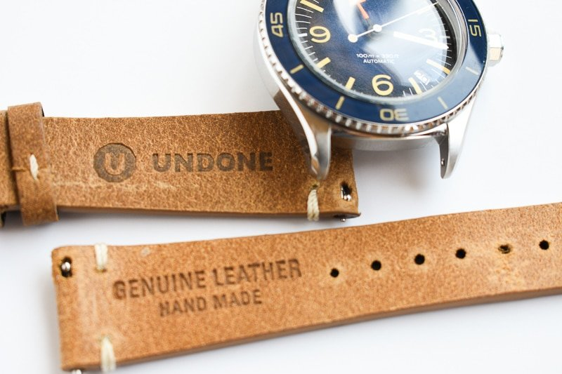 Interior leather band Undone branding