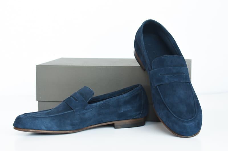 MGemi Sacca against shoebox
