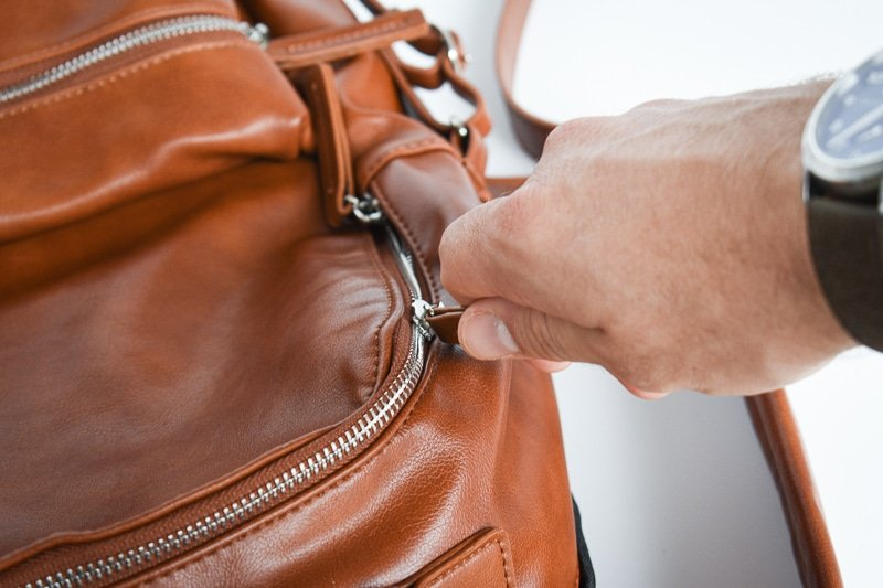 Modern Made Man Leather Backpack zipper detail