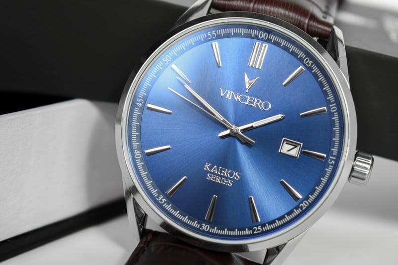 Vincero Kairos blue dial close up angle