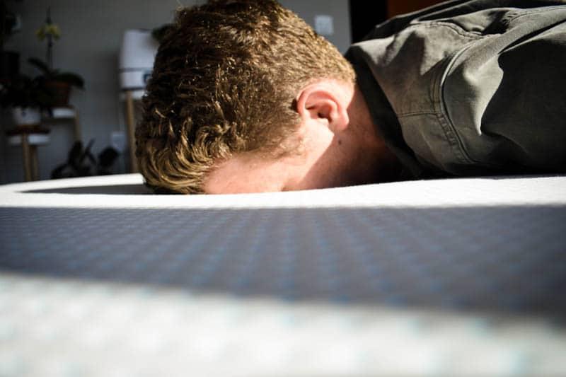face plant into mattress