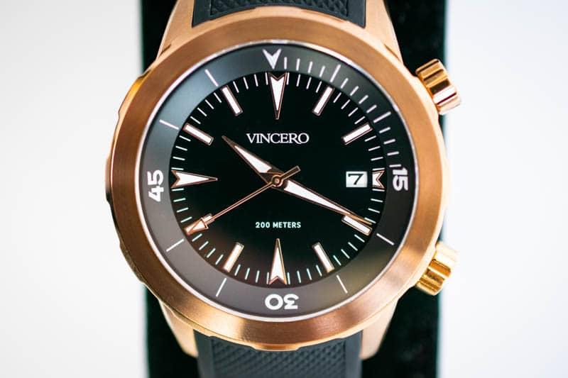 closeup vincero vessel dive watch dial and hands