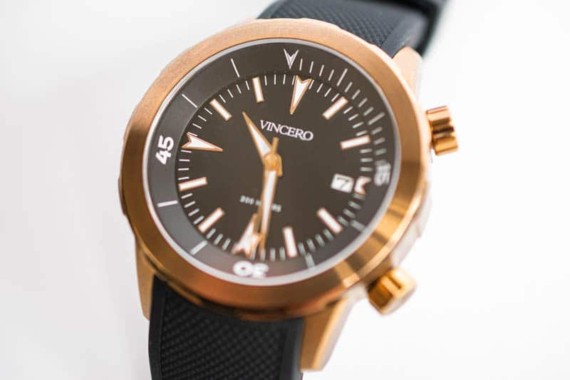 closeup vincero vessel dive watch
