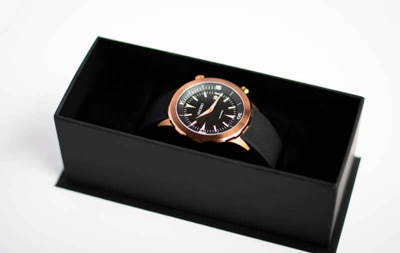 vincero vessel dive watch in black packaging against white background