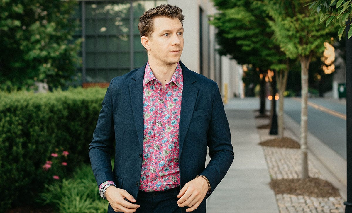 Robert Graham Review: Loud Prints for Life on the Center Stage