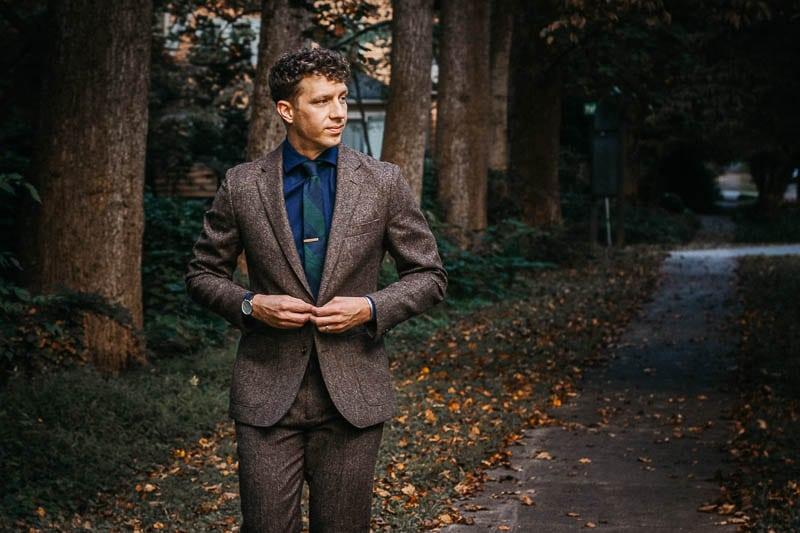 model walking JCrew Ludlow suit in brown english wool