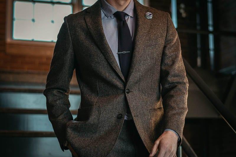 Gentlemans Box Classic closeup tie and accessories
