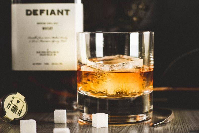 vintage old fashioned bourbon cocktail