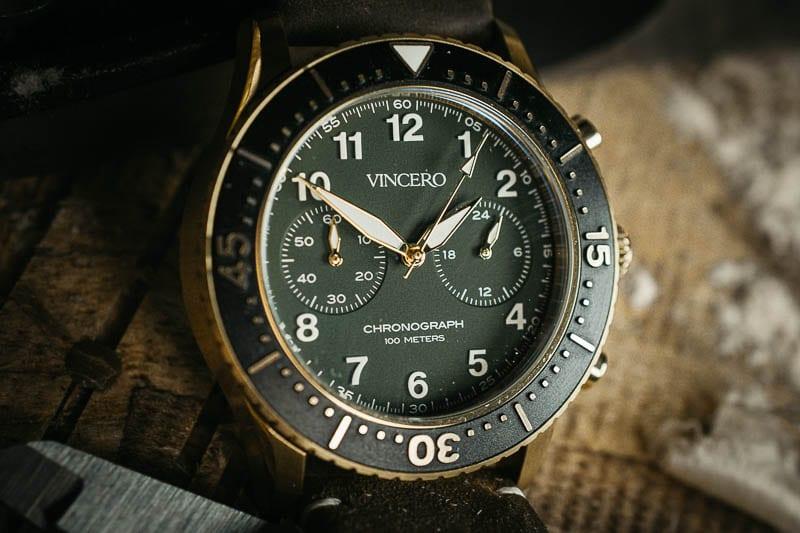Vincero Outrider dial extreme closeup