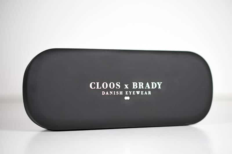 Christopher Cloos clam shell case