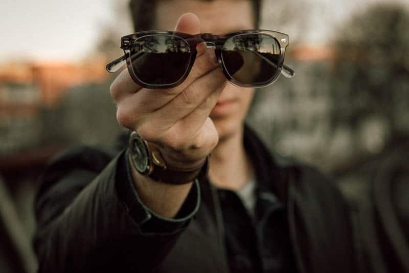 Christopher Cloos x brady closeup with model