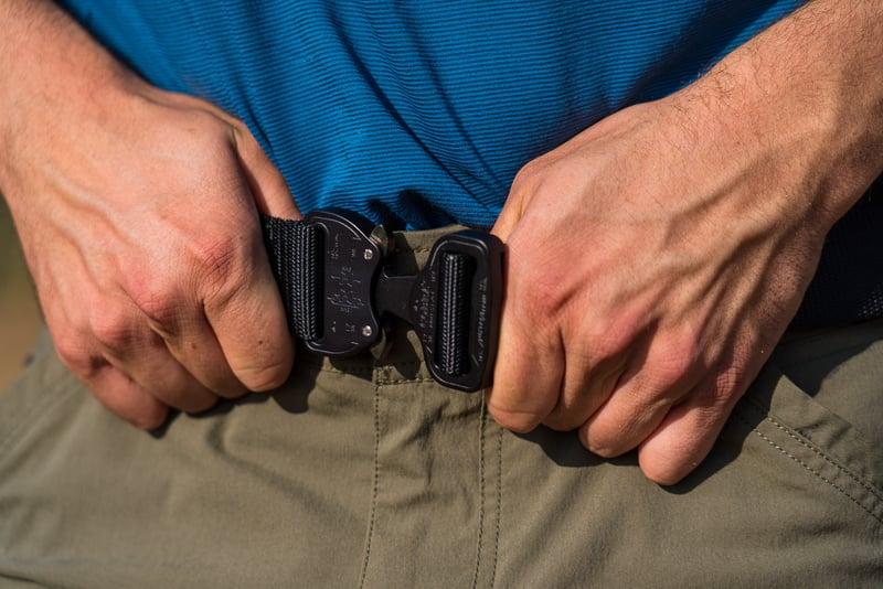 Man wearing black Klik Belt 1
