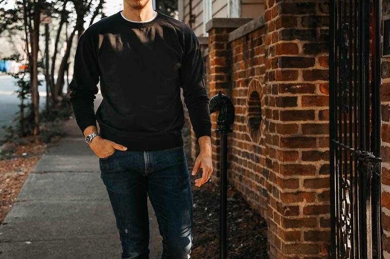 KOTN crew neck sweater