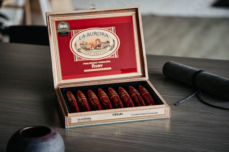 la aurora cigars ruby tubo collectors case